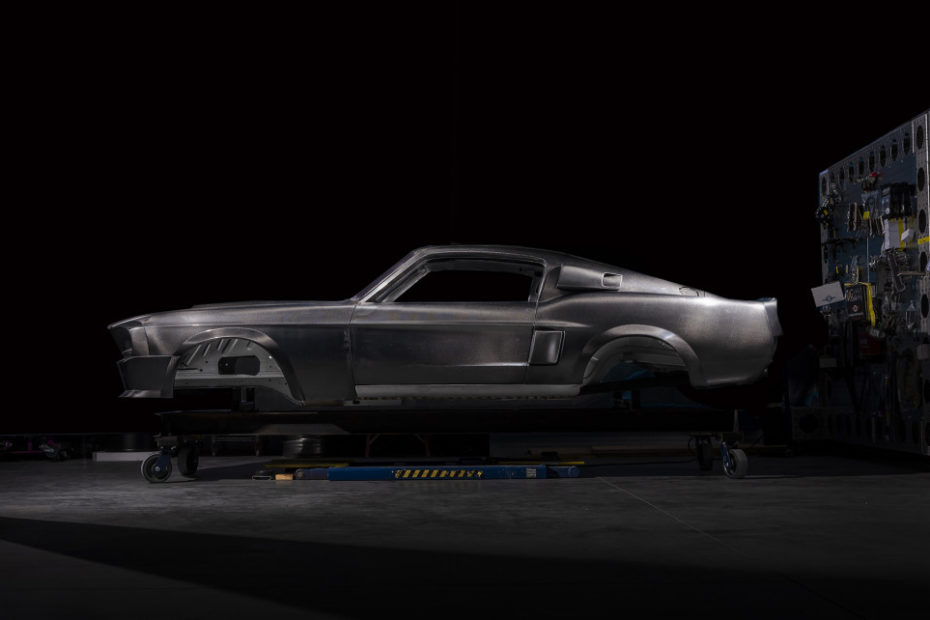 1967/1968 Classic Recreations Ford Shelby GT500CR Carbon Edition