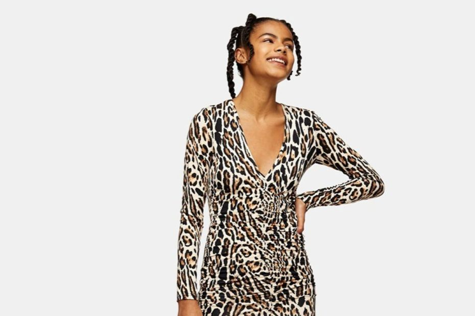 Asos first half revenues reach nearly £2bn as online shopping boom boosts retailer