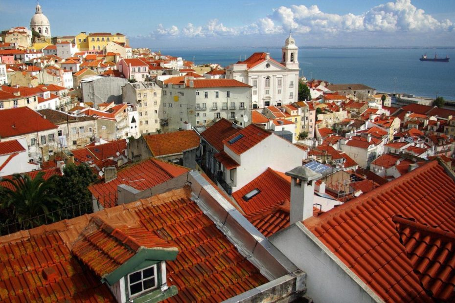 Portugal holiday prices slashed 64% (but you'll have to quarantine afterwards)